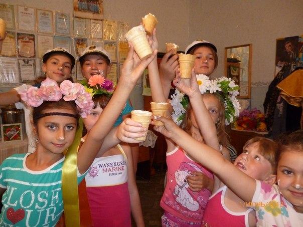"""В Измаильском районе ВО """"Батьківщина"""" поздравила детей (фото)"""
