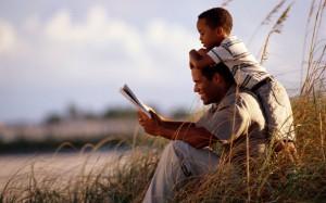 Сегодня в мире отмечают День Отца