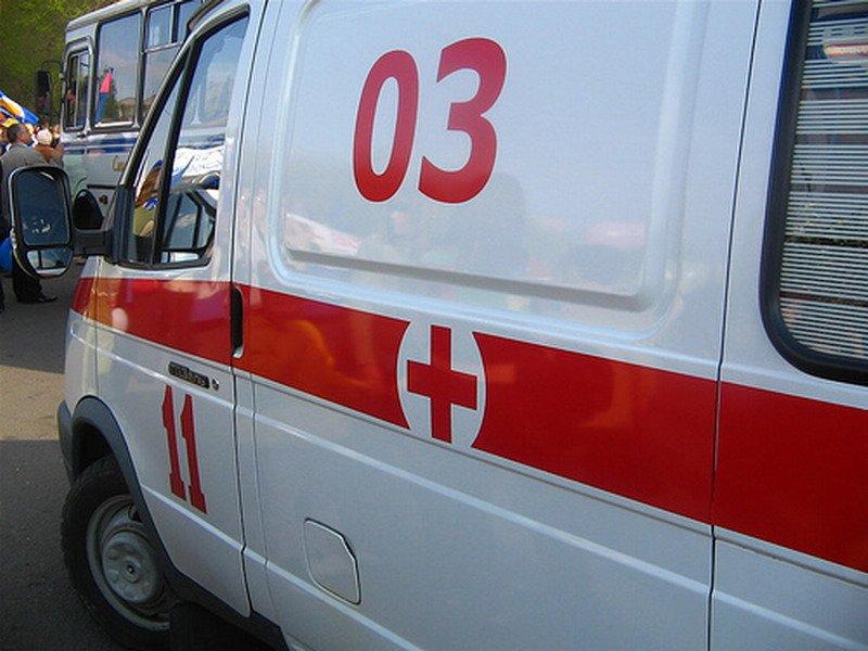 """1317014363_skoraya-pomosch ДТП в Измаиле: На Б.-Днестровской """"Dacia"""" сбила пенсионера"""