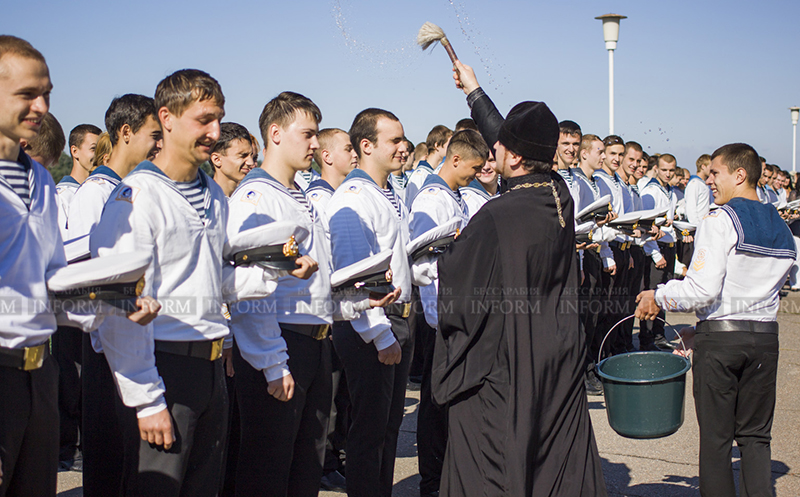 Измаил: торжественный ритуал-посвящение в курсанты (ФОТОрепортаж)
