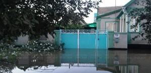 В Бессарабии продолжается откачка воды из затоплених домов
