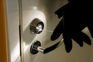 Б.-Днестровский: закрывайте двери - воры!