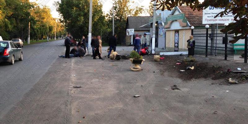 moto dt izmail 1 Смертельное ДТП в Измаиле: столкнулись мотобайк Хонда и ВАЗ (фото, видео, обновлено)