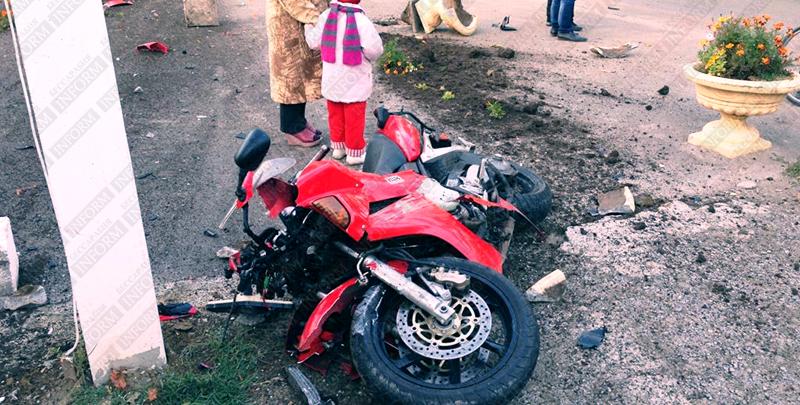moto dt izmail 3 Смертельное ДТП в Измаиле: столкнулись мотобайк Хонда и ВАЗ (фото, видео, обновлено)