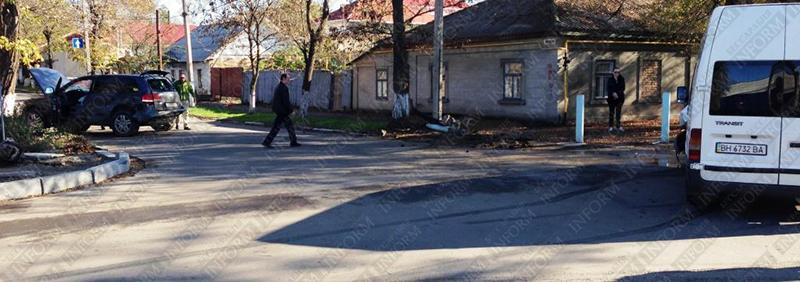 "В Измаиле столкнулись ""Touareg"" и ""Форд-транзит"" (фото,видео)"