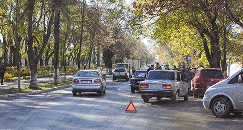 "ДТП в Измаиле: ""семерка"" и ""тройка"" встретились на ""сквозняке"" (ФОТО)"