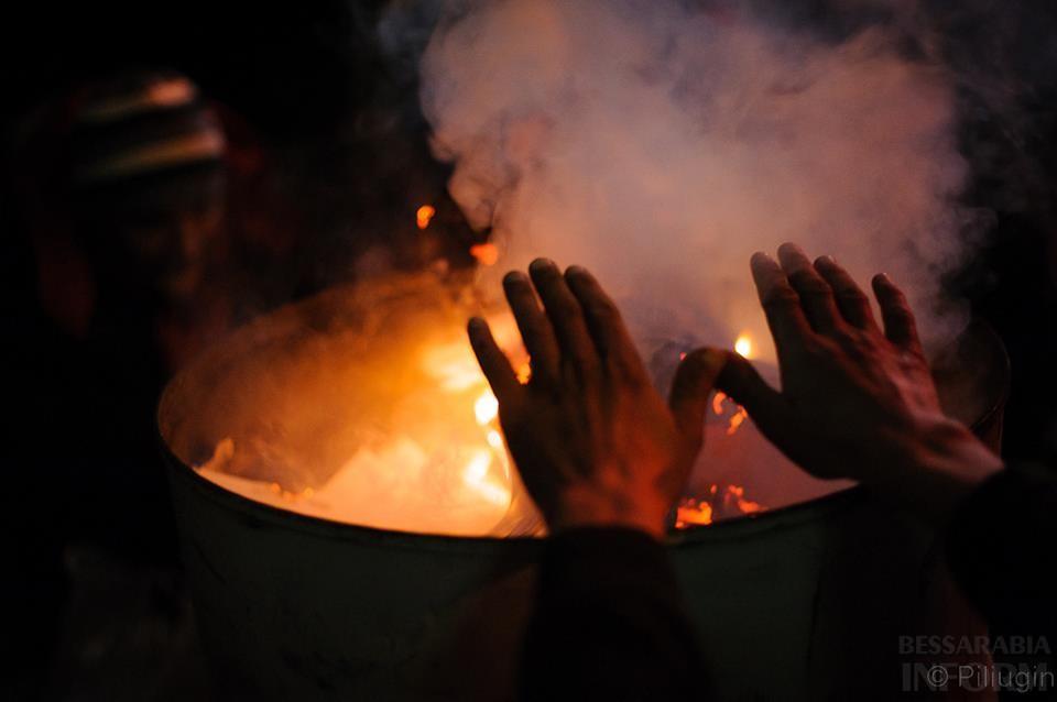 1477604_218126671701670_560262560_n За полчаса до кровавого разгона студентов на Евромайдане (фото)