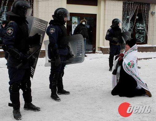 Противостояние в центре Киева. Стреляют боевыми. Погибло 5 человек (хроника 18-23 января)