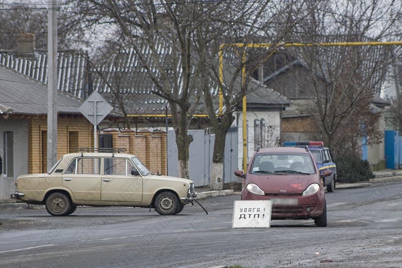 """ДТП в Измаиле:  """"Копейка"""" vs. """"Chery"""" (фото)"""