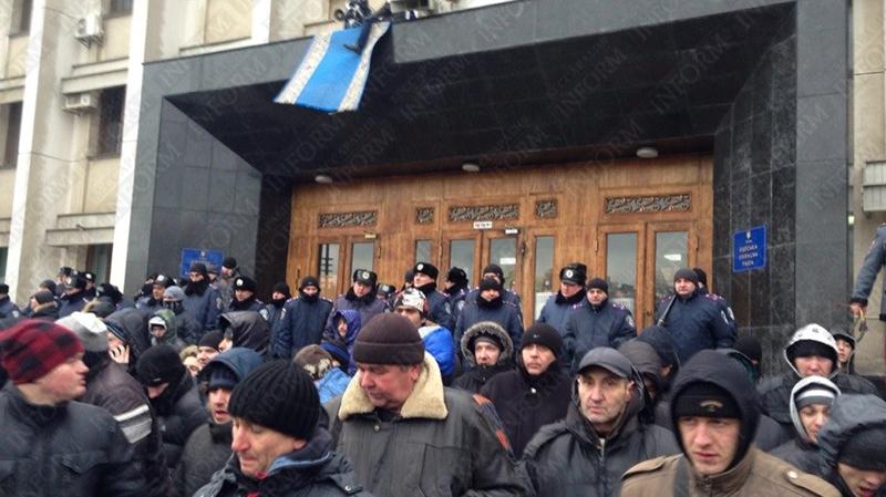 Одесса: Сторонники и противники власти сошлись лицом к лицу (фото,видео)