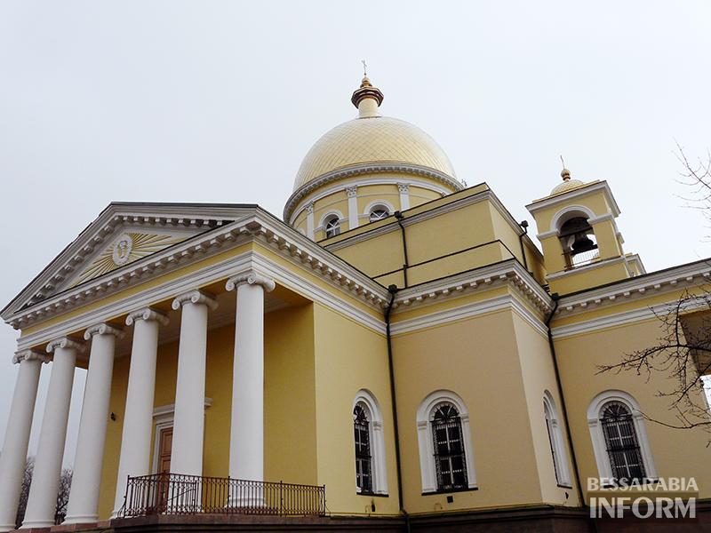 sobor-bolgr-6 Сегодня день Покрова Богородицы. В храмах Украины будут усиленно молиться о мире