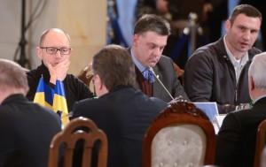 Янукович обещает опозиции встречу завтра