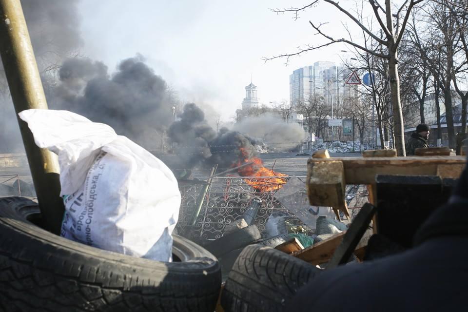 Киев. Восстановление баррикад (фоторепортаж)