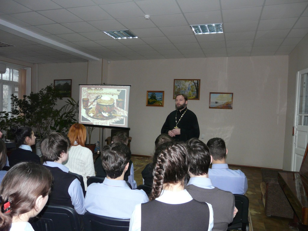 Блины да чай в библиотеке им.И. Котляревского (фото)