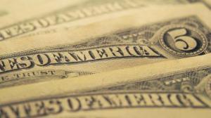 Доллар побил свой рекорд - 10,35