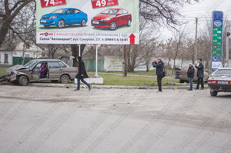 "ДТП в Измаиле: ""Skoda"" протаранила ""ВАЗ"" (ФОТО)"