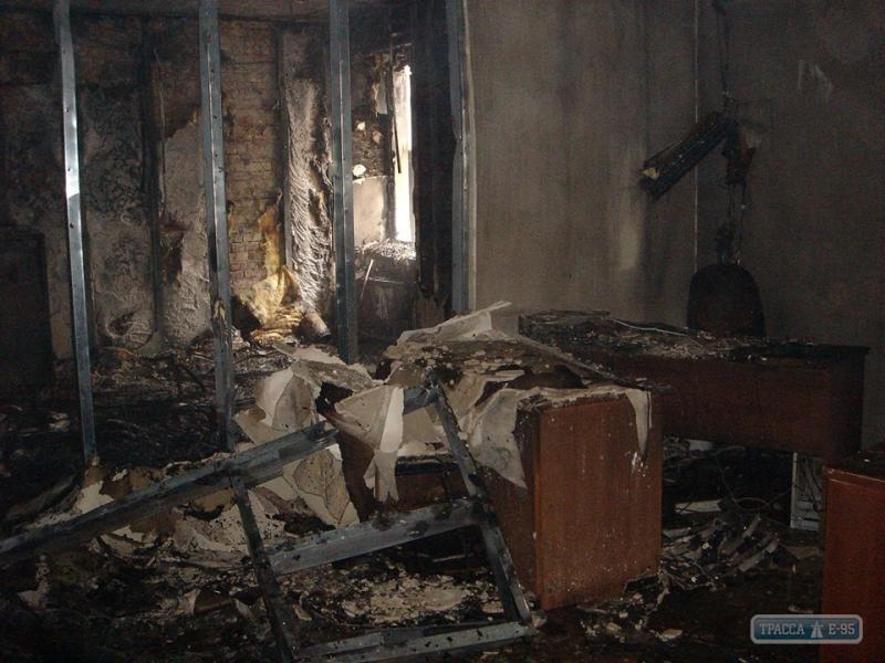 """В Одессе подожгли офис """"Батькивщины""""  (фото)"""