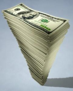 Доллар продолжает рост - 12, 65 грн.