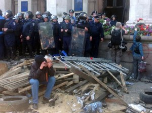 1175684-300x223 Международные эксперты будут помогать в расследовани трагедии в Одессе