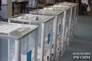 В Бессарабии обнаружено немало нарушений на избирательных участках (видео)