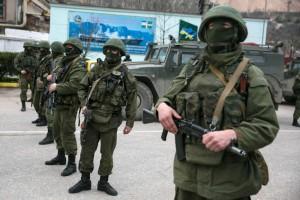Россия объяснила, зачем стягивает войска к границам с Украиной