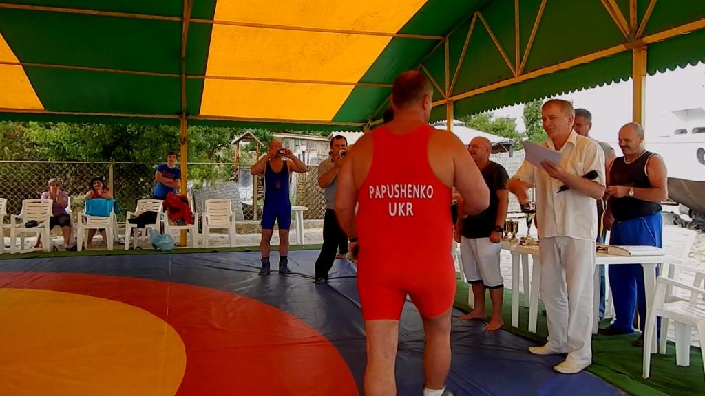 Измаильчанин занял 1-е место по вольной борьбе среди ветеранов