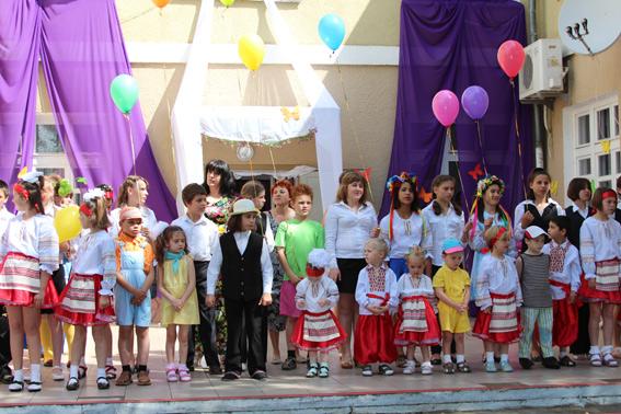 Белгород-Днестровская милиция поздравила детей