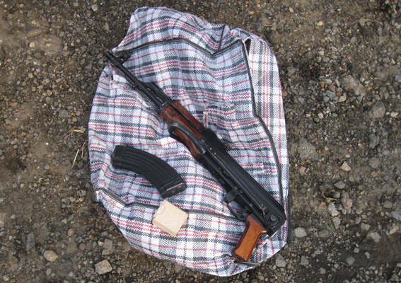 В Белгород-Днестровский ехала иномарка с ружьем