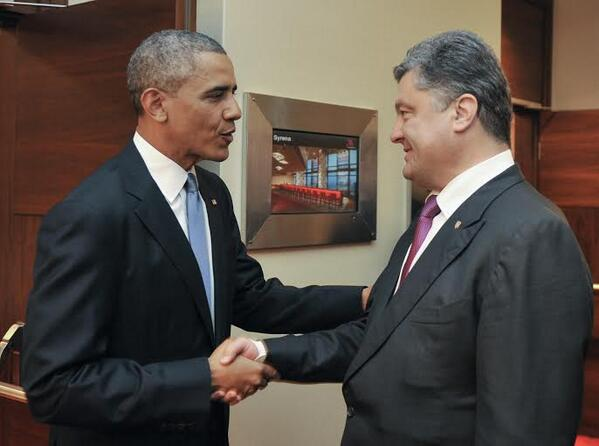 obama-poroshenko США и страны НАТО готовы мобилизовать все силы для поддержки Украины