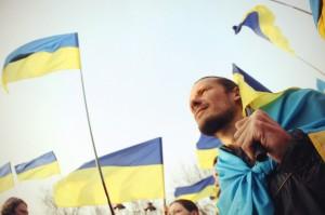 10 способов, как можно помочь Украине