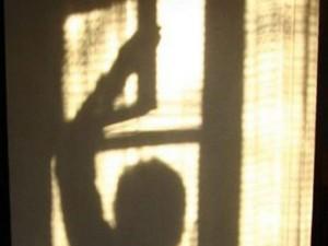 Измаильчанка в поисках наживы залезла через форточку в квартиру