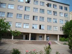 В Б.-Днестровском вспомнили про неработающий лифт в поликлинике