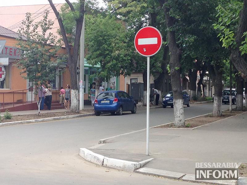 Несколько героев рубрики «Я паркуюсь как дурак» (фото)