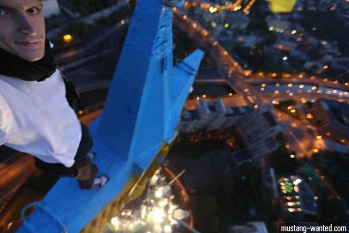 10599540_951516981529577_538131217909107089_n Украинский руфер признался, что раскрасил в Москве звезду