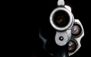 244770_pistolet_patron_dulo_1680x1050_www.GdeFon.ru_-300x187 В Килийском районе во время ссоры мужчина не выдержал и выстрелил