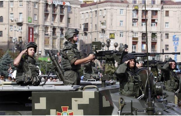620_400_1408873387-9405 Военный парад в Киеве (фото)