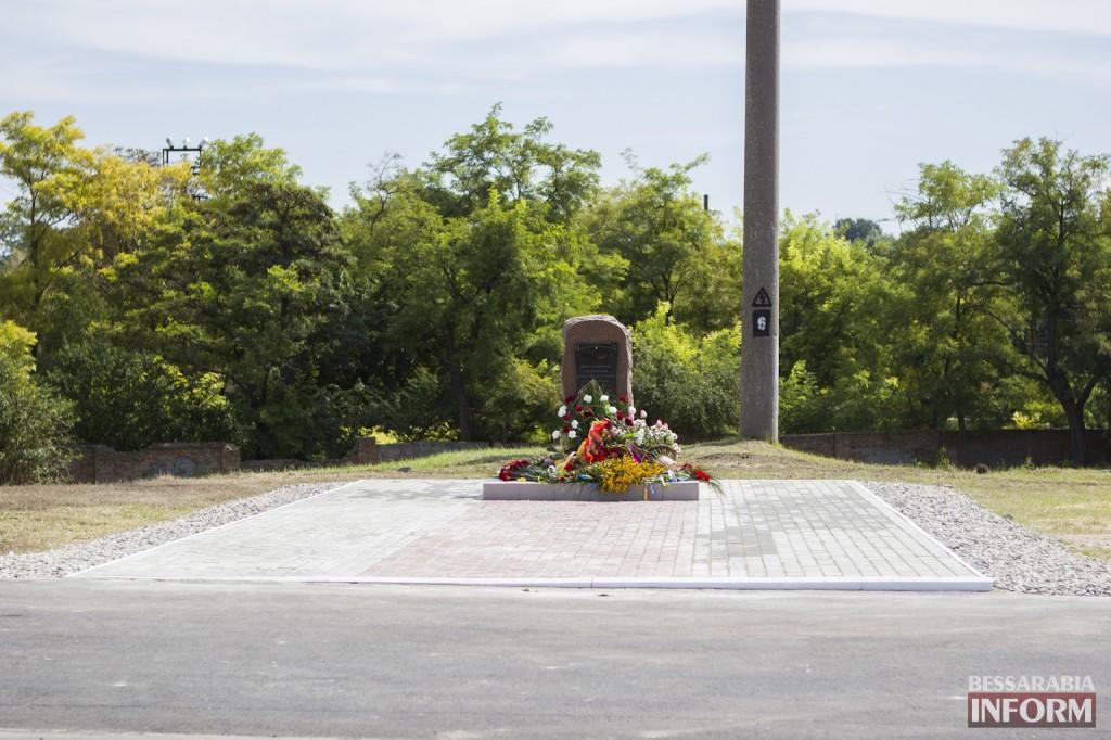 IMG_6027-1024x682 В Измаиле открыли мемориальный знак в честь освободителей (фото)