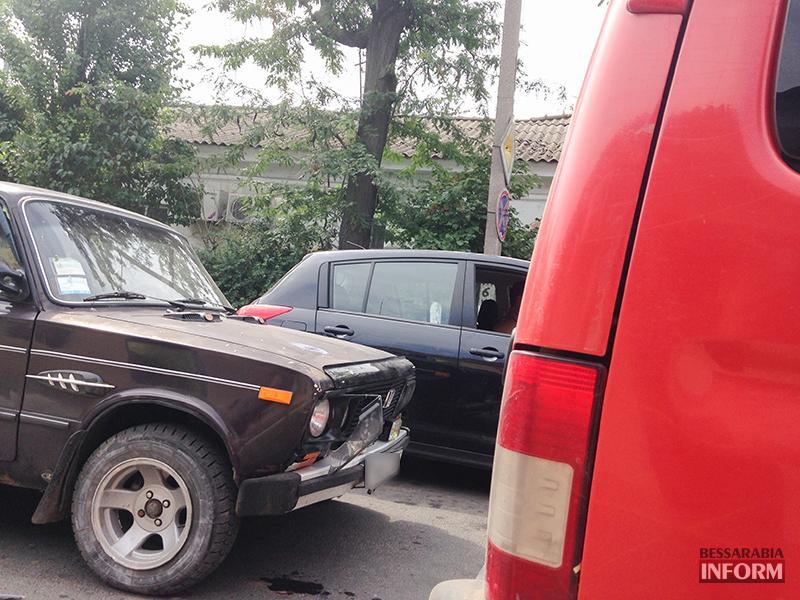 IMG_7832 Небольшое ДТП в Измаиле - водители разбили фары (фото)