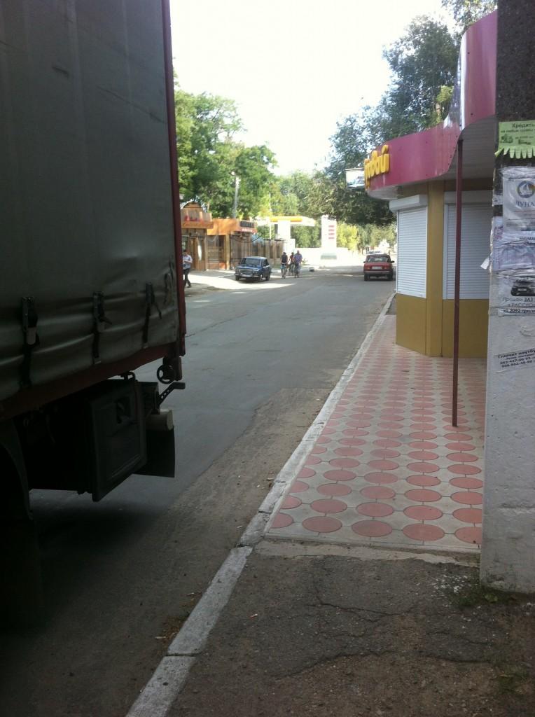 """image-2-764x1024 """"Я паркуюсь как дурак"""" и пусть весь мир подождет (фото)"""