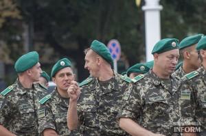 v-izmaile-podnyali-glavny-flag-11-300x199 Измаильская ОГНИ: и снова о военном сборе