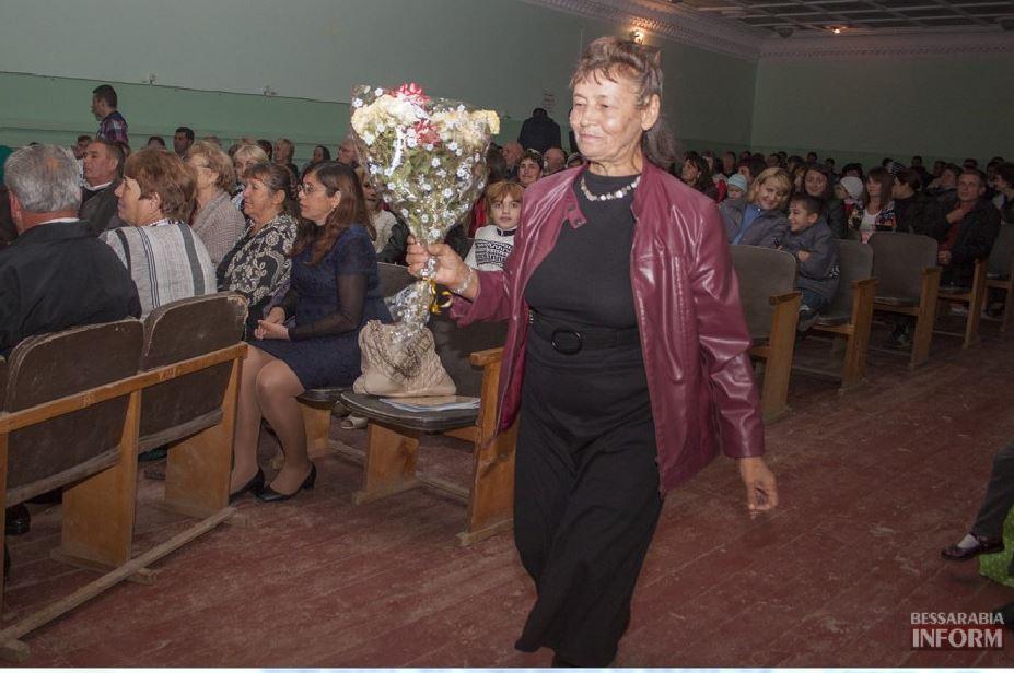 Снимок2 Дубовой во Владиченях поздравил пожилых людей (фото)
