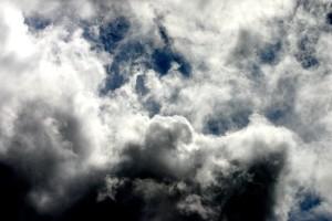 Понедельник в Украине будет облачным и с дождями