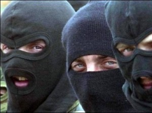 Трое на одного - в Измаиле задержаны грабители