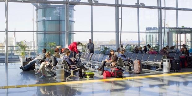 В этом году украинские туристы едут за границу на 35-40% реже, чем в прошлом