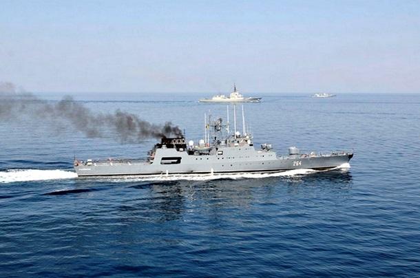 1501645 В Черном море закончились военно-морские учения (фото)