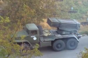 15_main-300x197 Боевики ведут огонь прикрываясь жилыми домами (видео)