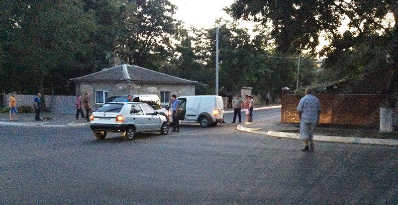 Два ДТП в Измаиле: Пострадало 2 Vito, Ford, Hyuindai и Skoda (фото, видео)