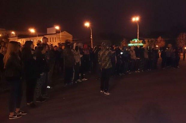 5429ac67474eb В Харькове возле Ленина произошли столкновения (фото)