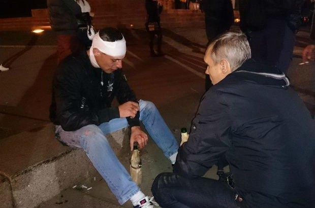 5429acf4e5dba В Харькове возле Ленина произошли столкновения (фото)