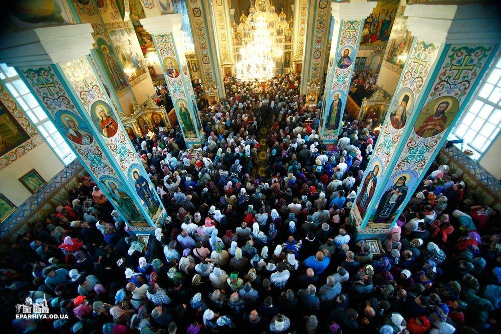 73O05842 Женский монастырь в Болградском районе отметил 90-летие (фото)